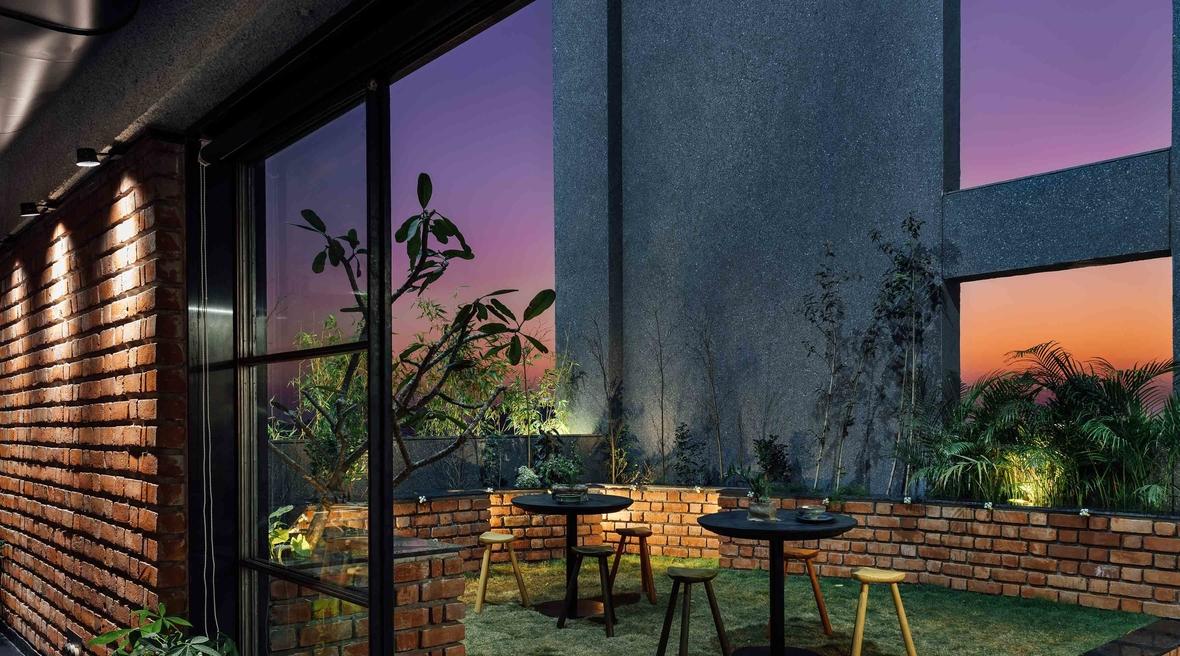 The Crossboundaries designs a swanky new café in Vadodara