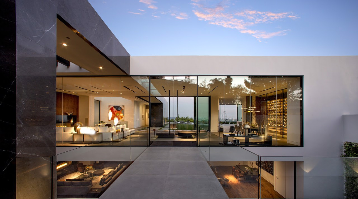 A fitting Hollywood home