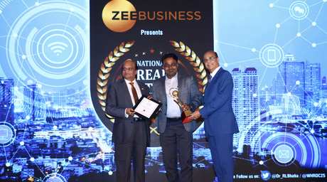 Casagrand ECR 14 Signature bags the 'Best Luxury Residential Project of the Year' Award