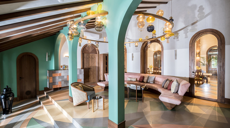 Mumbai-based Hive Home create a stunning chandelier for MuseLAB's restoration project