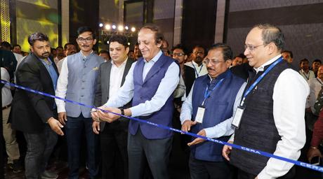 CERA launches Grande Slabs in Mumbai