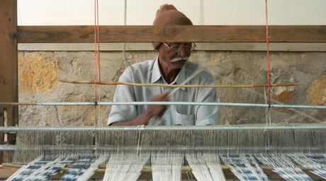 Kutch Craft Collective curates exhibition