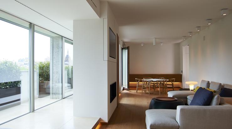 Gorlini doors & windows elevate this Milan apartment