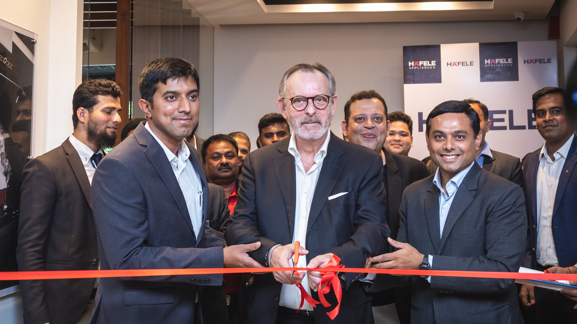 Jürgen Wolf, managing director – Häfele South Asia(centre), inaugurated the Häfele Appliances Showroom in Bengaluru.