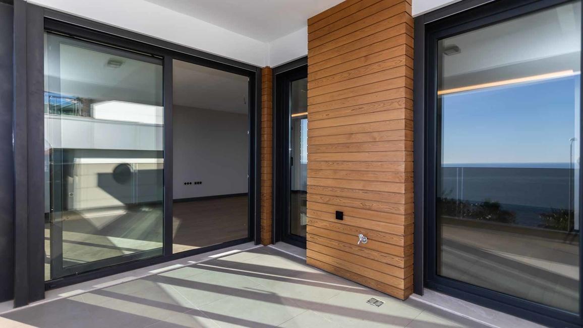 Ais Windows Introduces Its Regal Series Of Aluminium Doors And Windows In India Architectandinteriorsindia