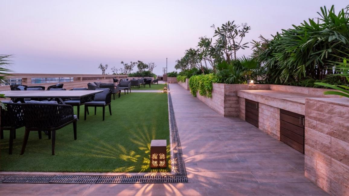 Kalpataru Solitaire won for Architecture - Landscape