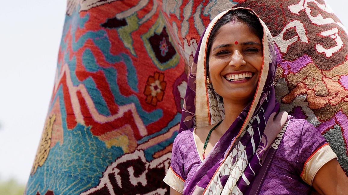 Jaipur Rugs, Manju Devi, Hanutpura, GOLD AWARD, Manchaha Collection, Future of Design 2019, 'AAS PAAS, Chulha, Manchaha, Rugs, Dezeen Awards 2019, Family business, Rural craftsmanship