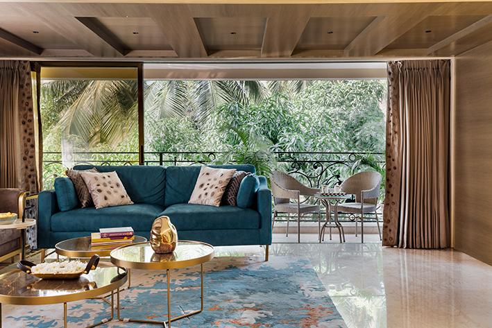 Studio Osmosis, Living room, Mumbai, Home design, Lively elements, Shilpa Jain Balvally, Sameer Balvally, Soft furnishings, Custom-designed, Asteroid suspended chandelier, Klove Studio