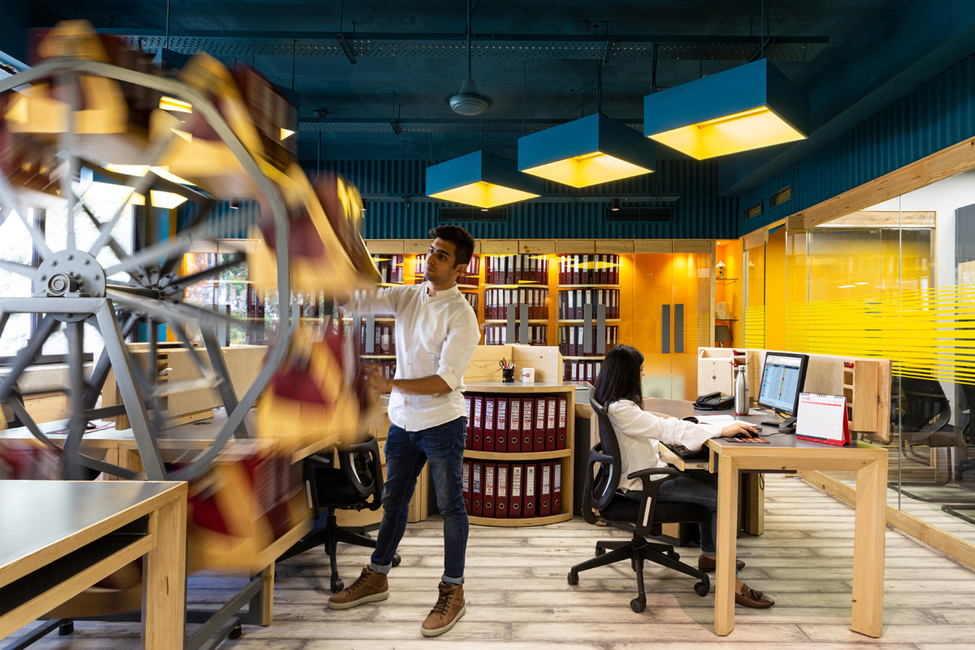 ACCOUNTS-IN-MOTION, Contemporary office, Studio Built Environment, Chandigarh, Dynamic design, Innovative storage design