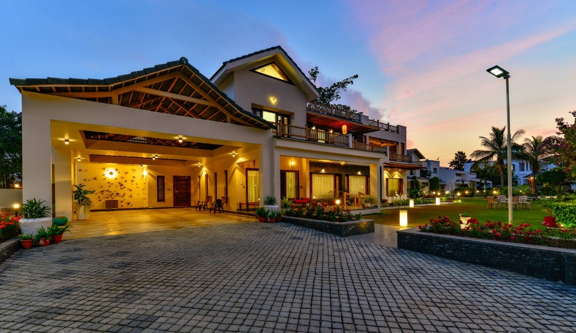 Nine Squares Architects, Indian elements, Bhopal homes, Residential design, Contemporary homes, Traditional elements