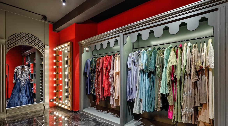An Elegant Retail Experience In Vadodara Architectandinteriorsindia